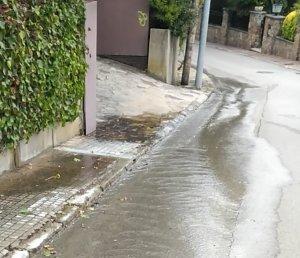 La fuita al carrer Juan Valera