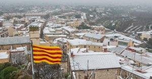 La neu tenyeix de blanc el Baix Camp