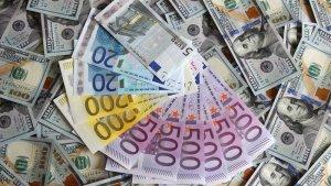 Los mejores trucos para distinguir billetes falsos de los verdaderos.