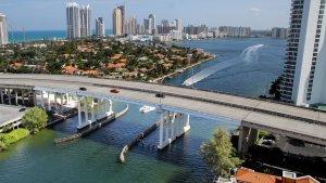 Miami destaca por su perfecto clima y sus impresionantes playas.