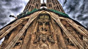 Una de las fachadas de la Sagrada Familia, en Barcelona.
