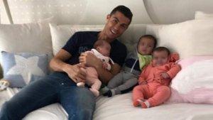 Uno de los mellizos de Cristiano Ronaldo tuvo que ser atendido por Urgencias