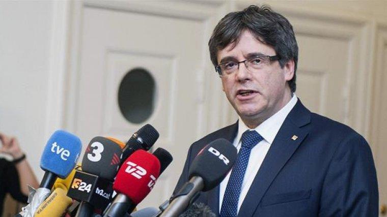 Carles Puigdemont, davant la premsa internacional