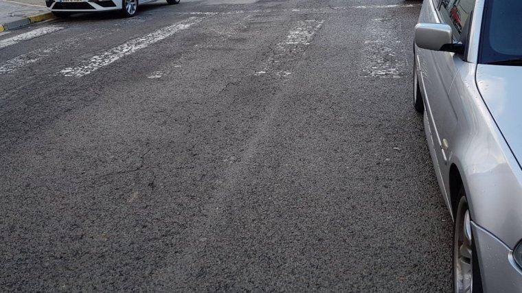 Els passos de vianants al barri de Torreforta estan deteriorats