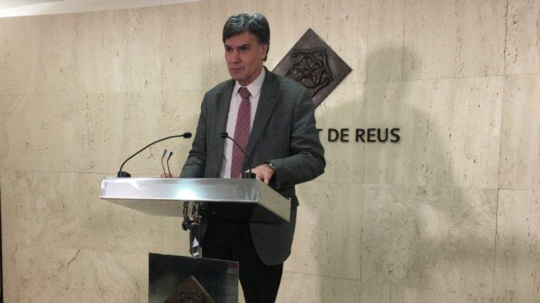 Joaquim Enrech ha comparegut aquest migdia a l'Ajuntament de Reus.
