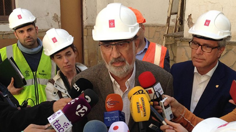 Josep Fèlix Ballesteros, a la dreta, acompanyant el conseller Josep Maria Milà, aquest matí en roda de premsa.