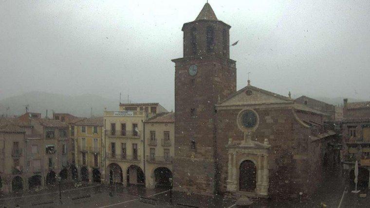 La nevada a Prades, aquest dimarts, a les tres de la tarda.