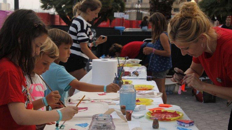 Realització d'un taller creatiu al festival Minipop