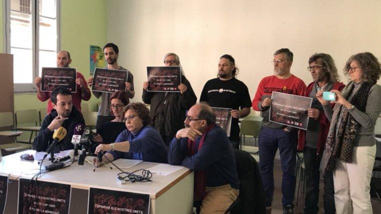 Roda de premsa dels sindicats contra les investigacions de la vaga del 3 d'octubre