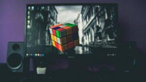 Con estos vídeos seguro que consigues resolver el famoso rompecabezas.