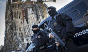 Dispositivo antiterrorista en los alrededores de la Sagrada Familia