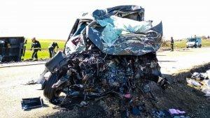 Imagen de uno de los vehículos accidentados