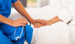 La atención médico-paciente y la calidad humana son indispensables en el oficio