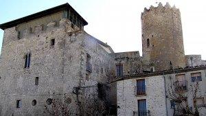 La cita serà al castell de la localitat.