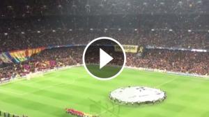La pancarta desplegada al lateral del Camp Nou.