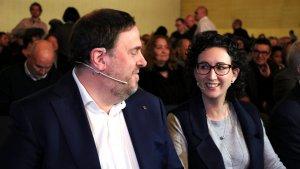Oriol Junqueras i Marta Rovira en l'inici de l'acte 'Guanyem la república. Fem-ho'
