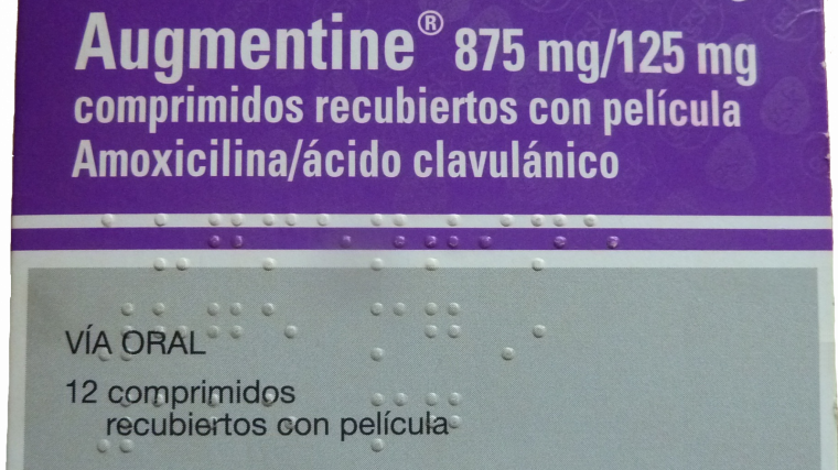 Amoxicilina mas acido clavulanico y alcohol