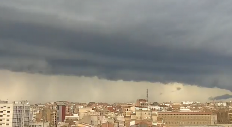 Captura del vídeo de la tempesta