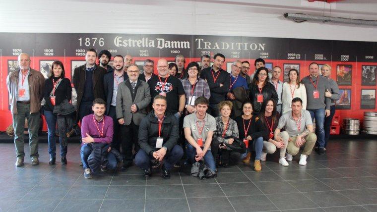 Els participants a la Ganxet Pintxo han visitat la fàbrica d'Estrella Damm