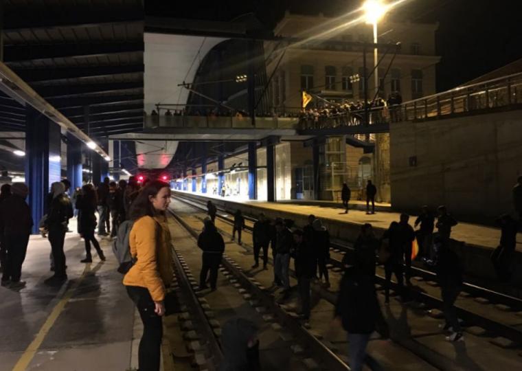 Imatge del tall de les vies del tren a Lleida