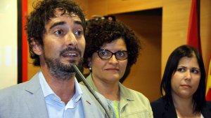 Carles Castillo, cap de llista del PSC el 2015, i ara, número dos, amb Ibarra en segon pla.