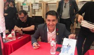El col·laborador d'El Món Martí Gironell signa el seu llibre La força d'un destí