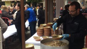 Es preparen més de 800 plats per servir als veïns de Valls