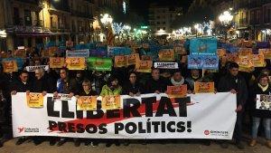 La plaça de la Font de Tarragona ha estat novament lloc de concentració amb la convocatòria de l'ANC i Òmnium.
