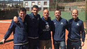 Representació de l'equip sènior +40 del Tennis Monterols