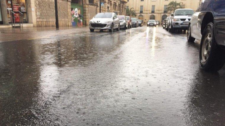 Intens episodi de pluges a Reus i al Baix Camp.