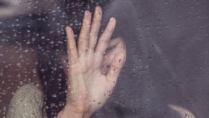 ¿Cuántos poemas tristes eres capaz de leer sin llorar?