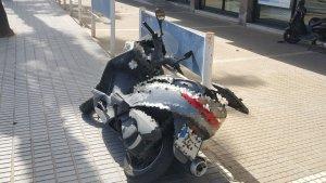 Imatge de la motocicleta que conduïa l'agent de paisà