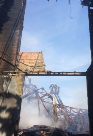 Imatge del magatzem cremat