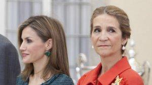 Infanta ELena y reina Letizia