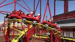 La Junio Red Force, una de les noves atraccions de l'àrea infantil de Ferrari Land.