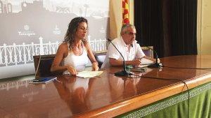 Laia Estrada i Jordi Martí Font (CUP), aquest matí en roda de premsa.