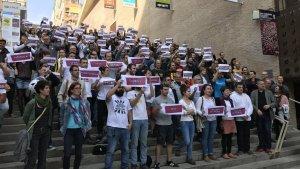Més d'un centenar de persones han donat suport als encausats aquest dijous a la tarda.