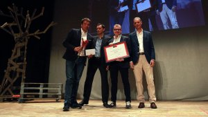 Premi Cristina Requena i Giró de Periodisme pel programa Divendres de TV3.