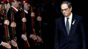 Quim Torra, sortint del Parlament de Catalunya després de ser escollit