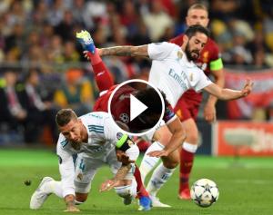 Sergio Ramos lesiona Salah en la final de Kíev.