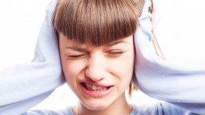 Te traemos unos cuantos remedios efectivos para el dolor de oídos.