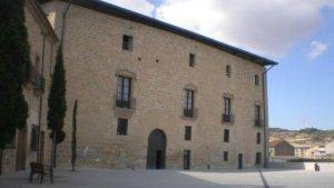 Vista exterior del castell dels comtes de Santa Coloma de Queralt.
