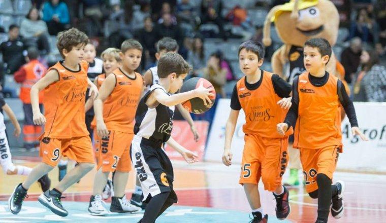 Imatge d'arxiu de nens jugant al Força Lleida