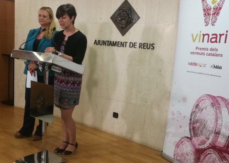 La regidora de Promoció Econòmica de l'Ajuntament de Reus, Montserrat Caellas i la directora dels Premis Vinari, Eva Vicens