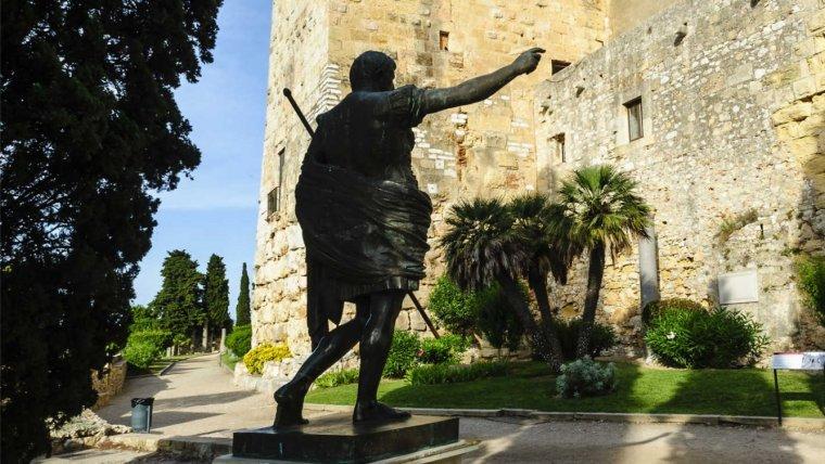 Tàrraco, ciutat pròspera en el mandat de l'emperador August.