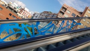 Acte vandàlic a les escales del Barri del Port