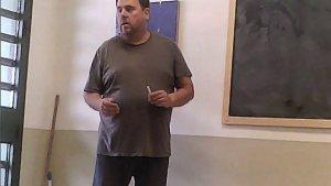 A les imatges publicades ahir es podia veure l'exvicepresident Junqueras durant una classe