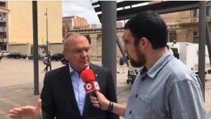 Carles Pellicer durant una entrevista a delCamp.cat