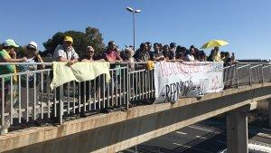 Concentració al pont de vinanats de l'A-7 a Sant Pere i Sant Pau