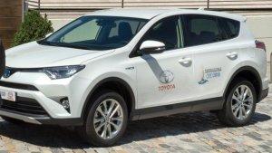 Imatge d'un cotxe dels Jocs Mediterranis.